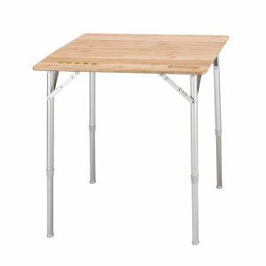 שולחן שטח עם פלטת עץ במבוק עמידה במיוחד.