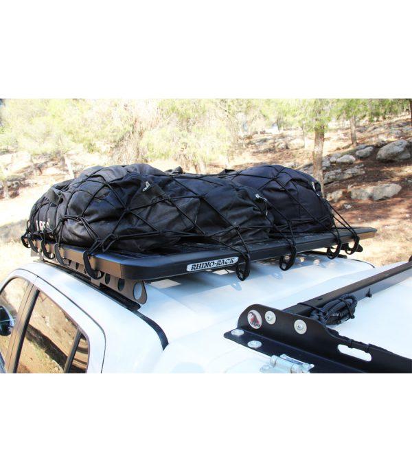 רשת מטען נמתחת, מיועדת לעיגון ציוד על גגון, ארגז טנדר או בנגרר.