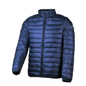מעיל המיועד לשימוש בטיולים וליומיום באקלים קר צבע כחול