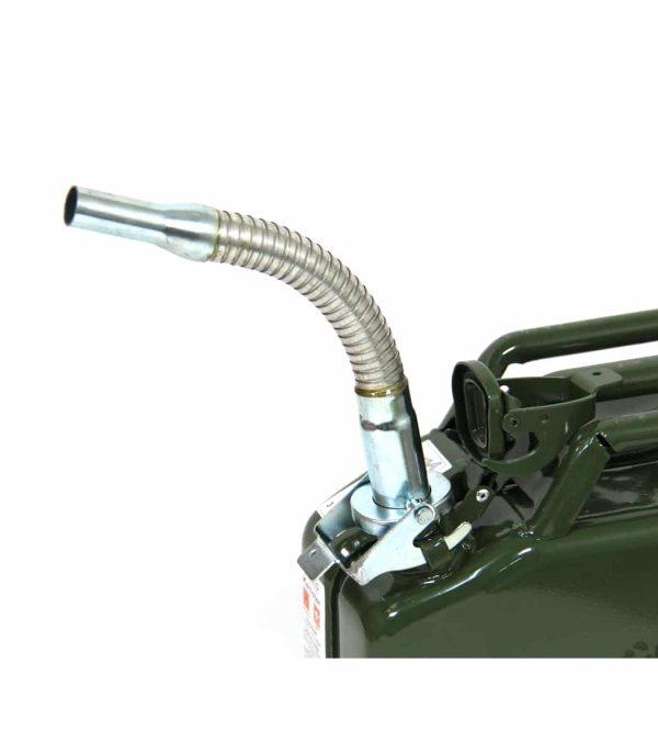 פיית תדלוק גמישה לג'ריקן דלק סטנדרטי במצב מחובר