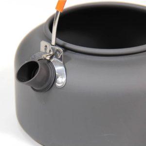 קומקום אלומיניום קל משקל בנפח 0.8 ליטר