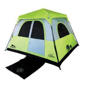 אוהל מרווח לשישה אנשים במבנה Cabin